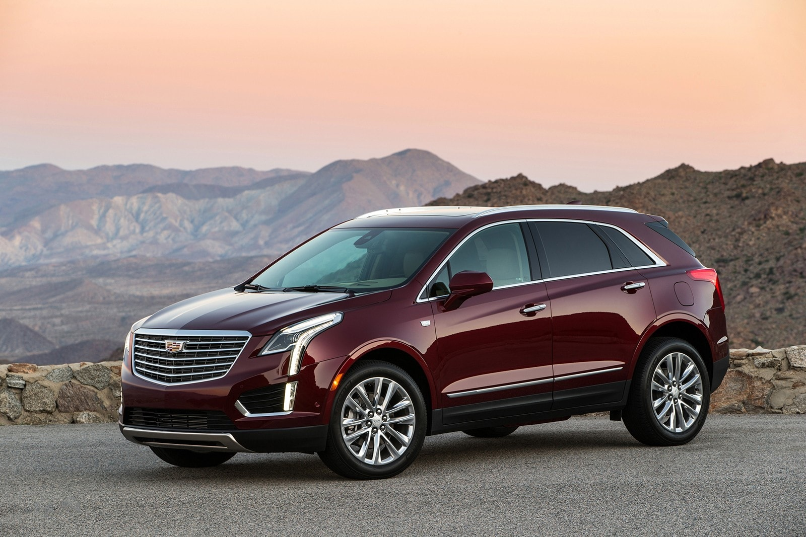 Cadillac XT5 Backgrounds