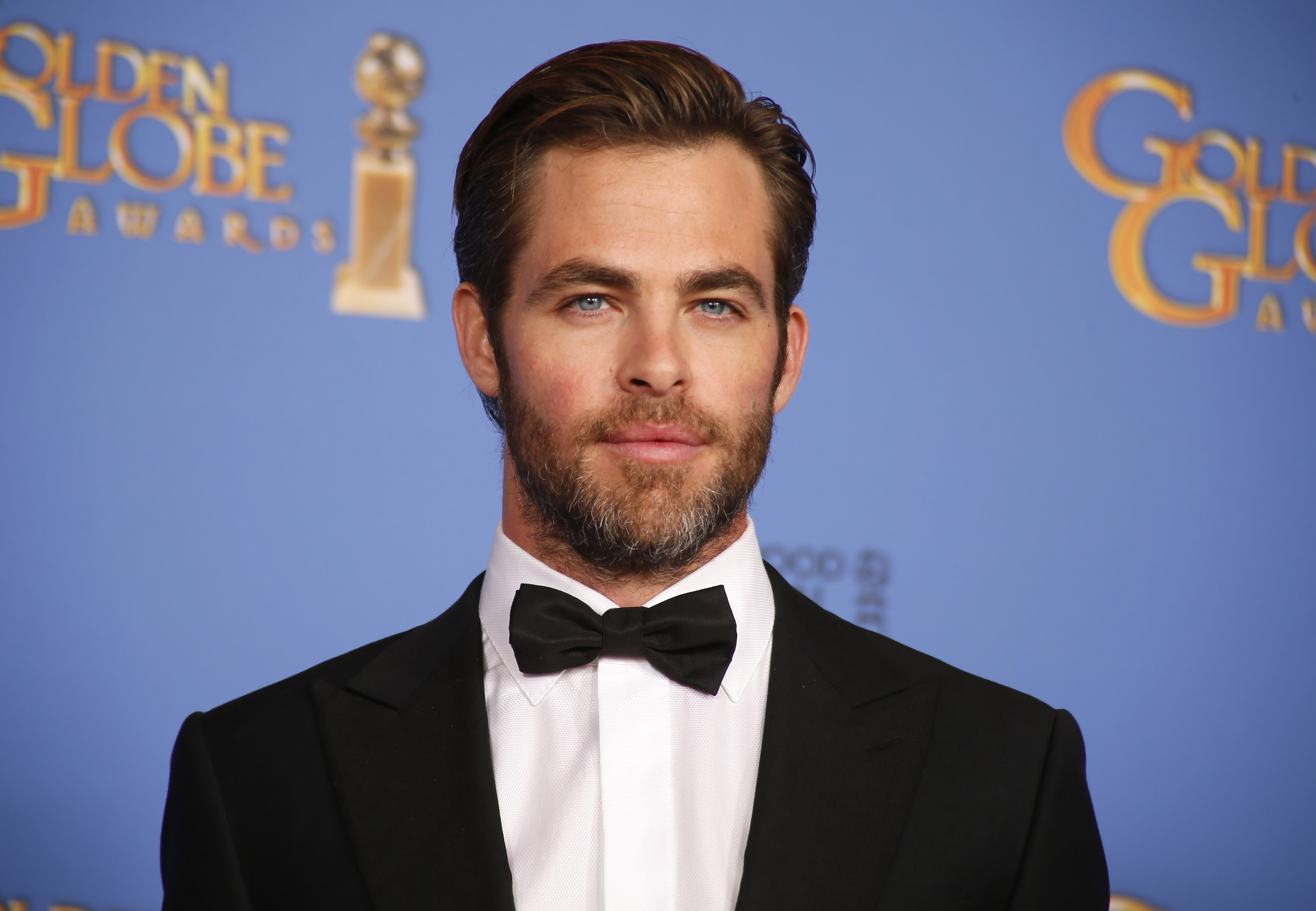 Chris Pine Backgrounds