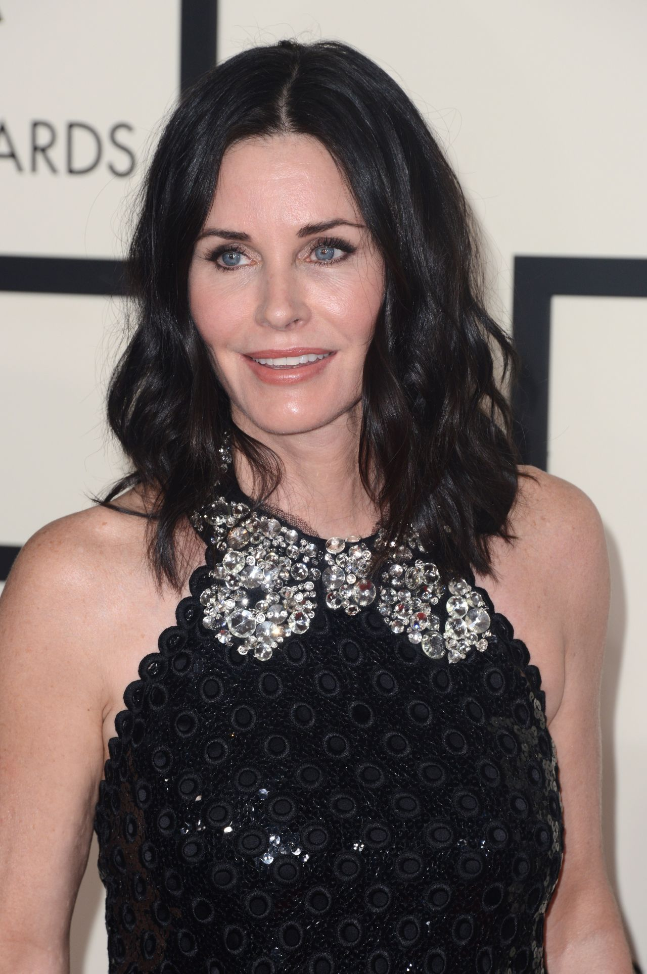 Courteney Cox Backgrounds