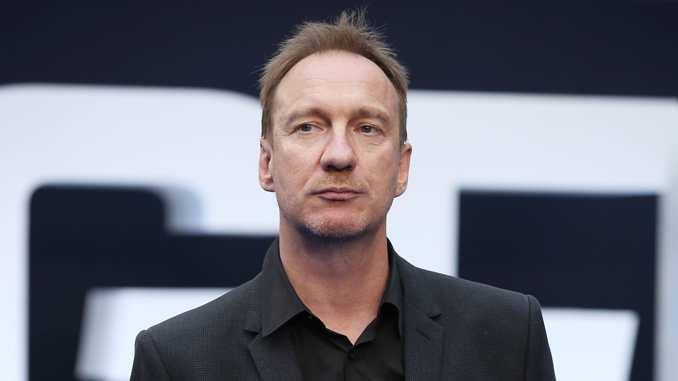 David Thewlis Backgrounds