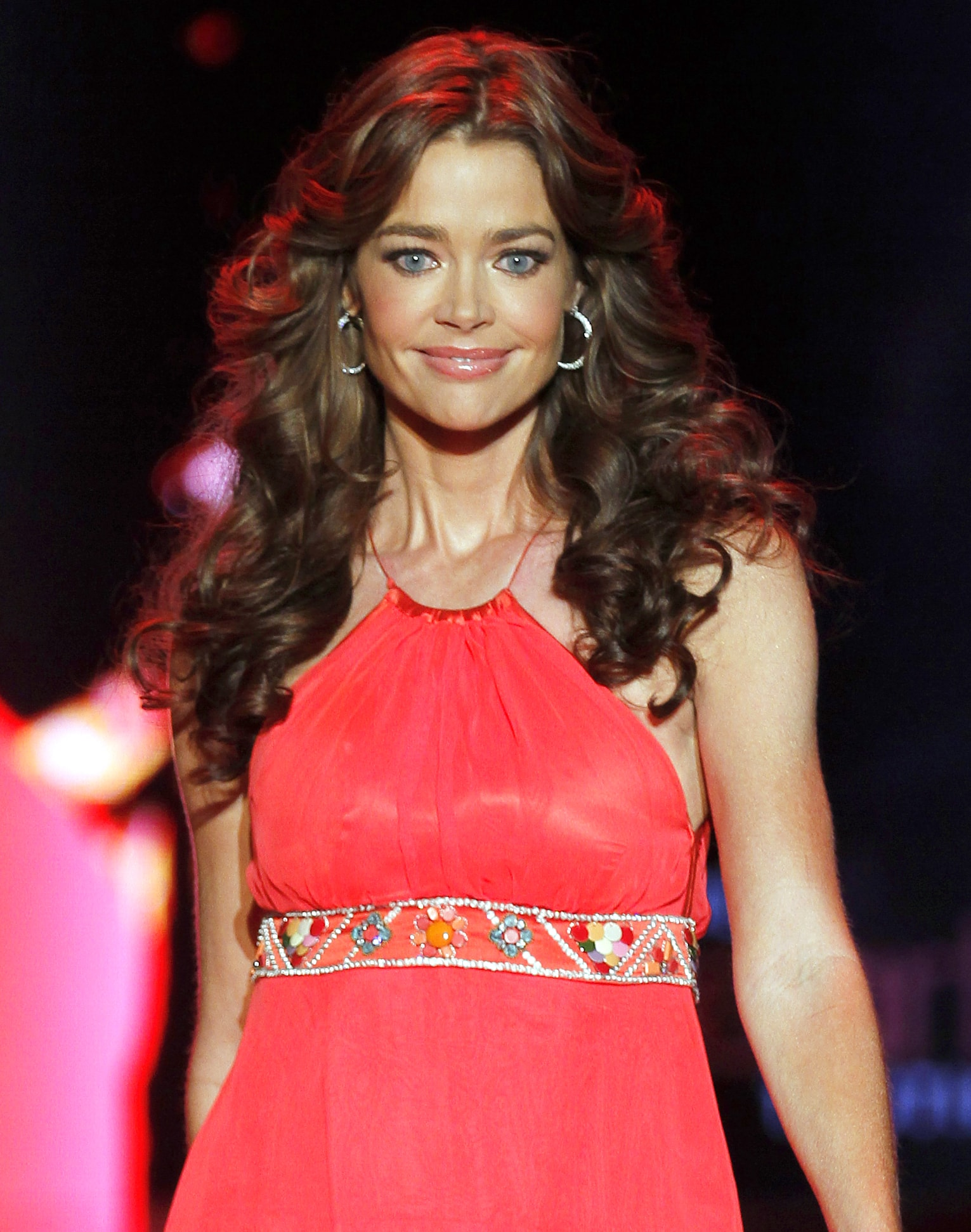 Denise Richards Backgrounds
