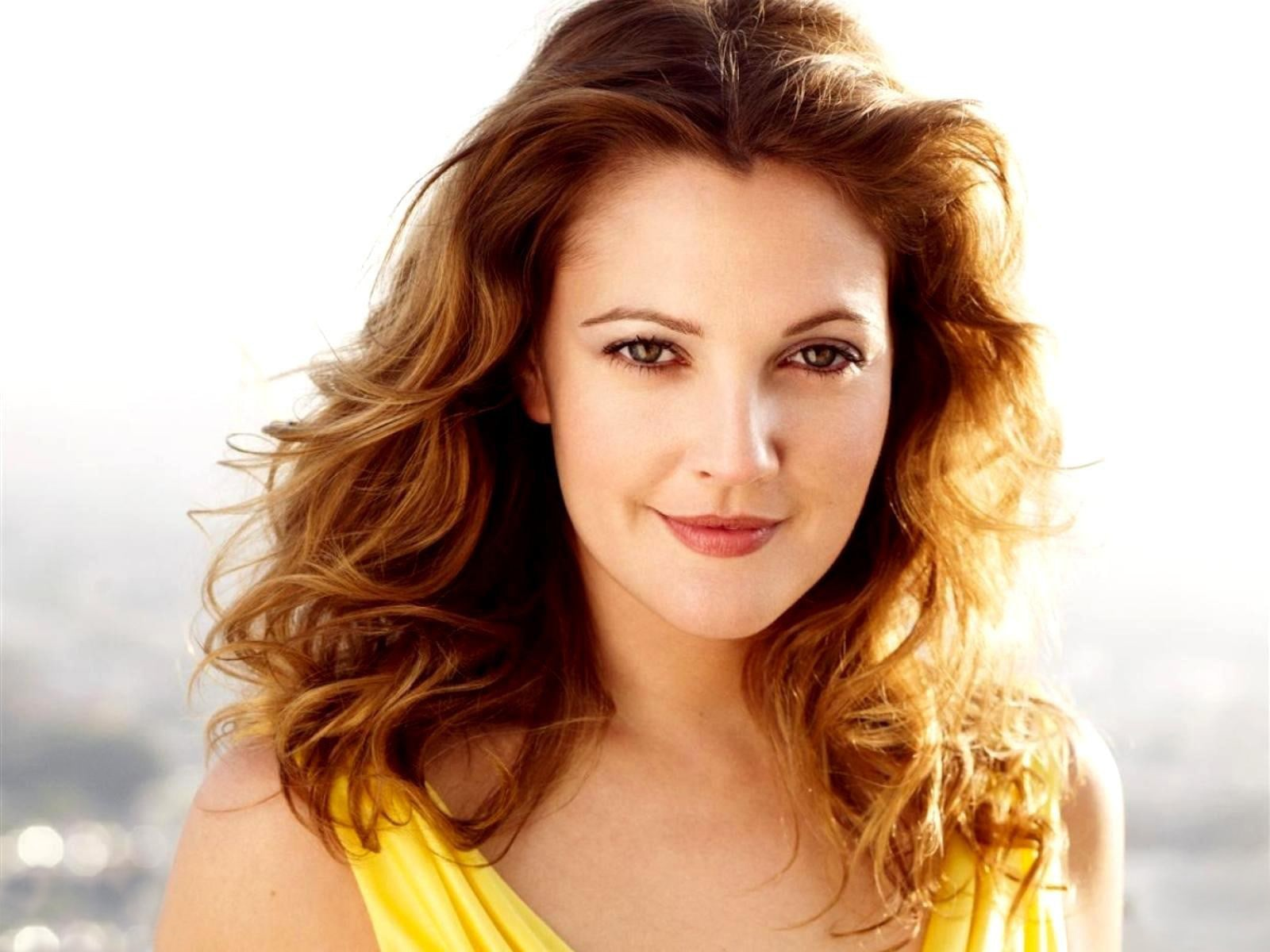 Drew Barrymore Backgrounds