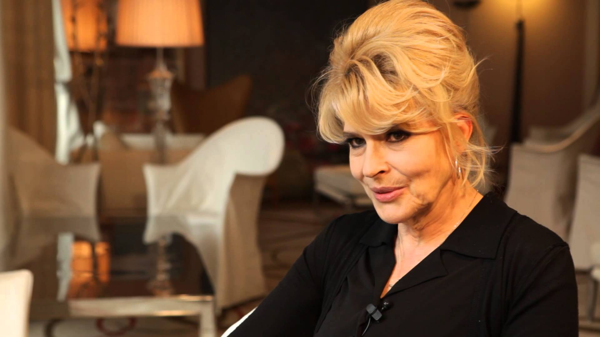 Fanny Ardant Backgrounds