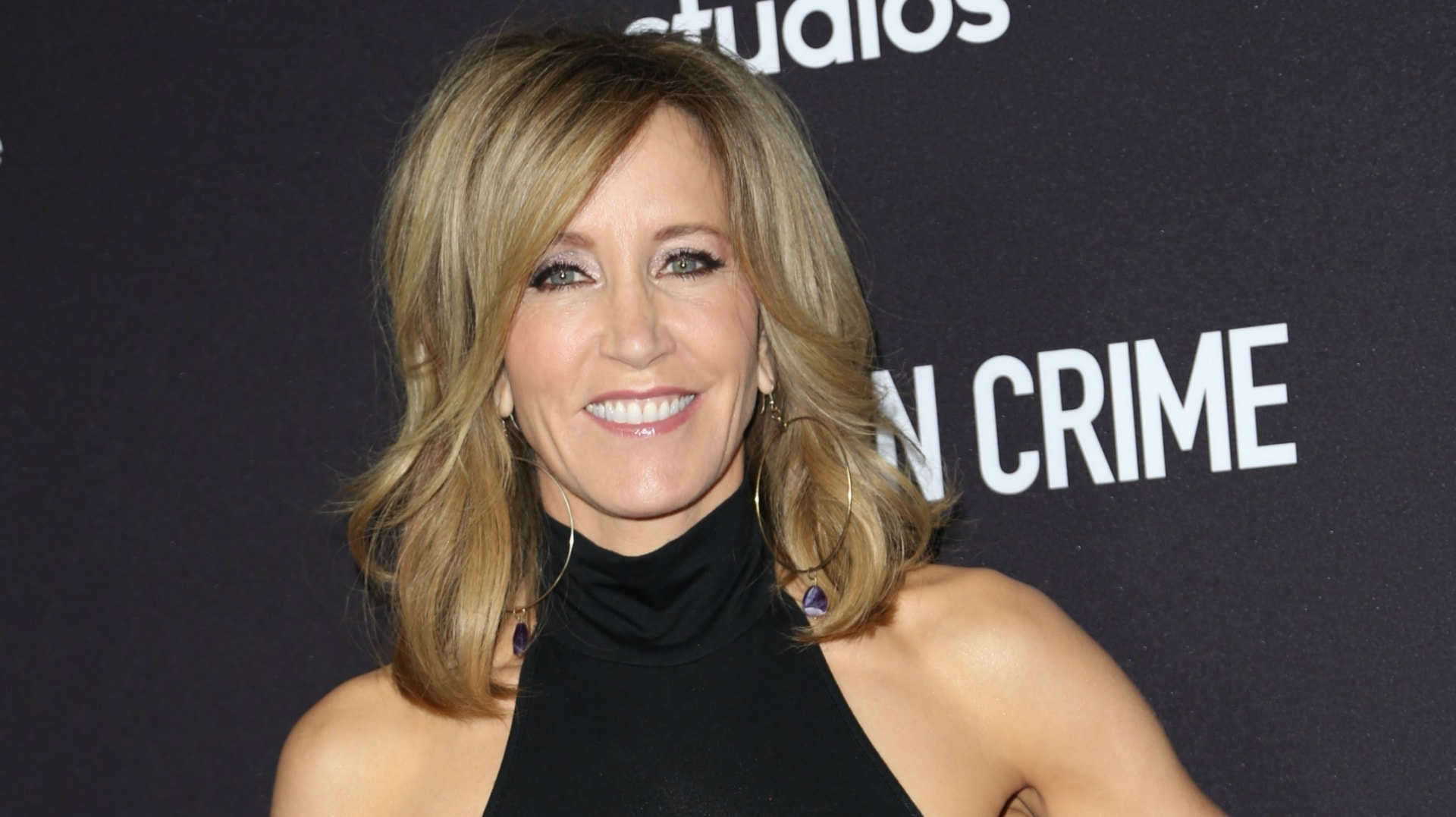 Felicity Huffman Backgrounds