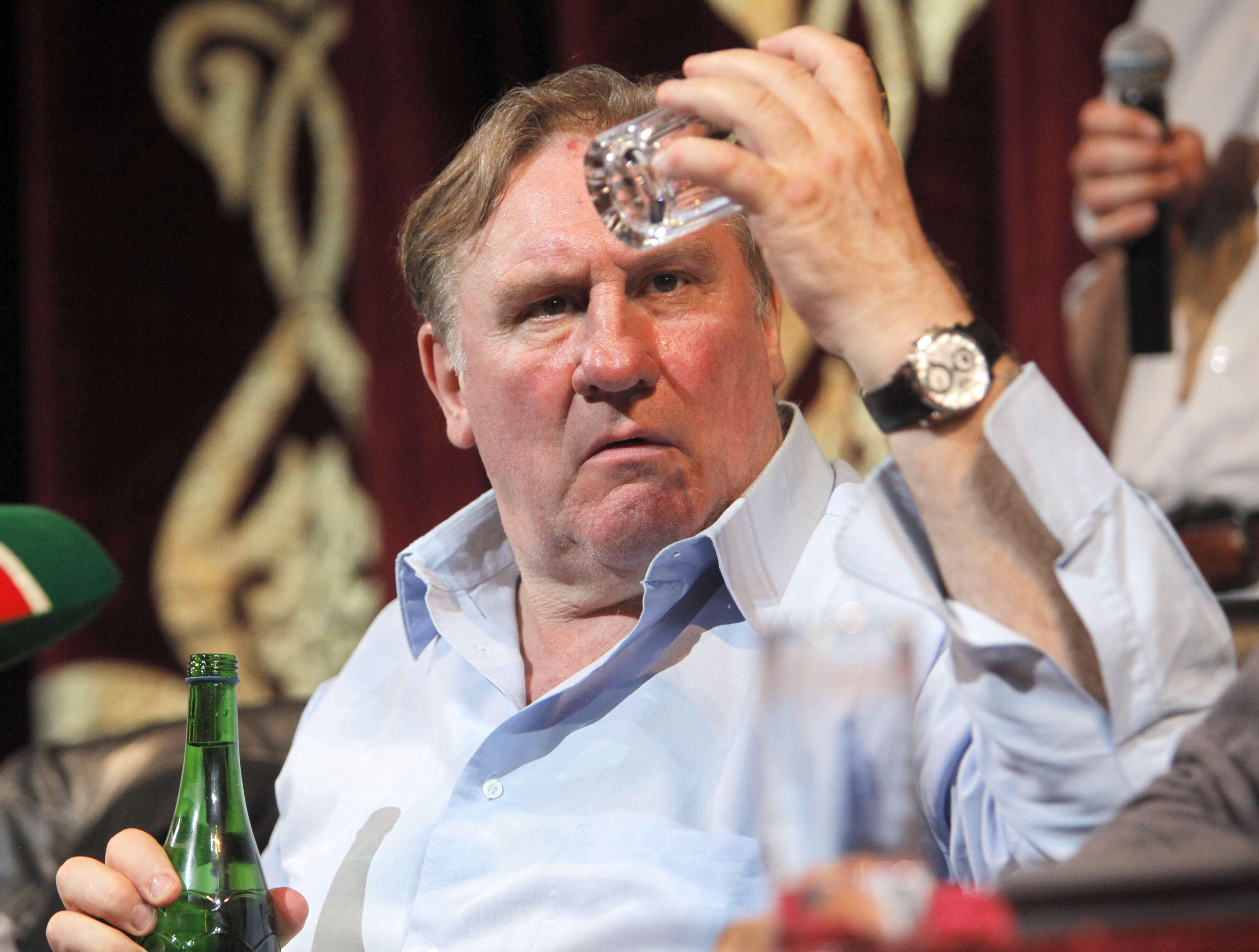 Gerard Depardieu Backgrounds