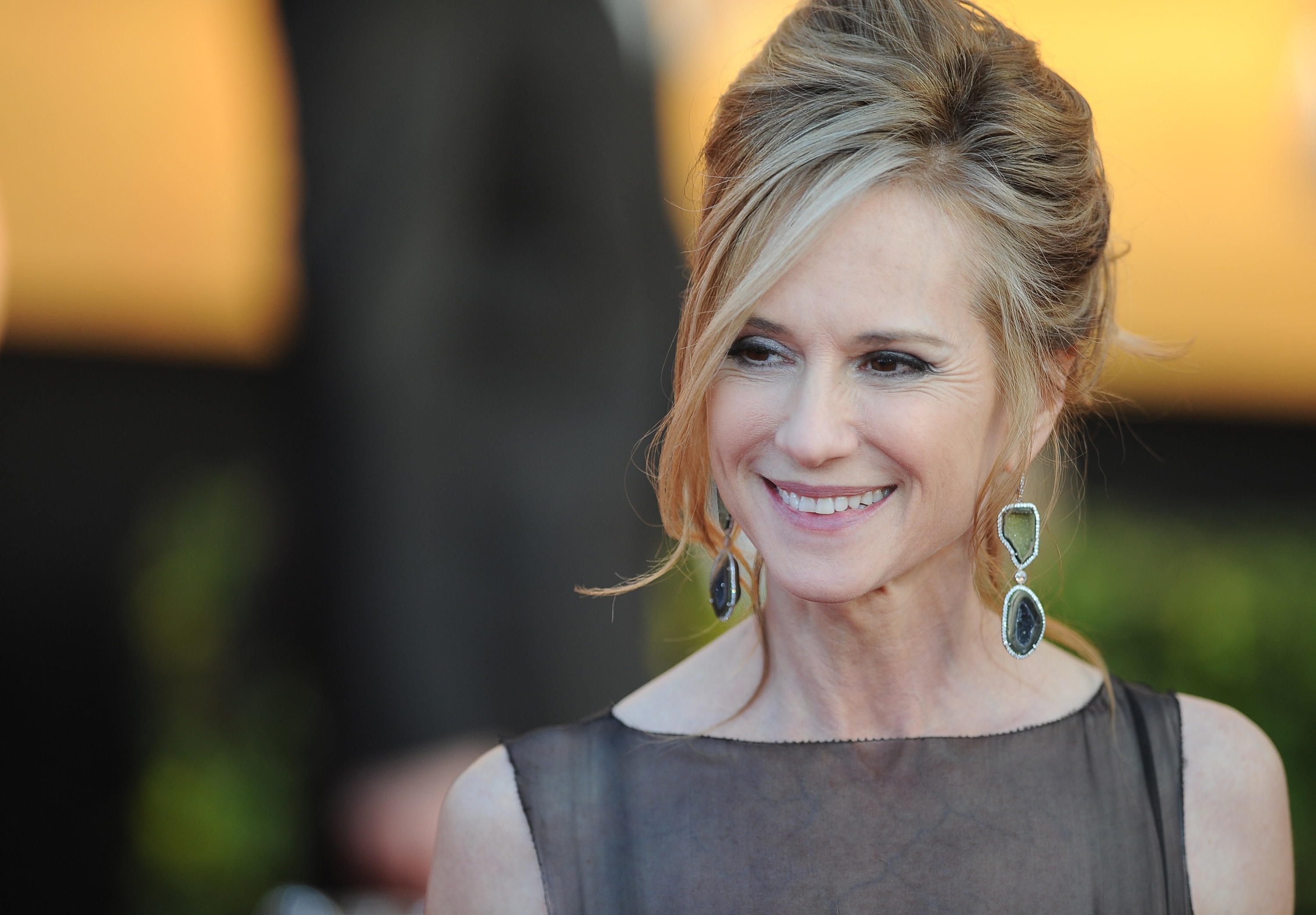 Holly Hunter Backgrounds