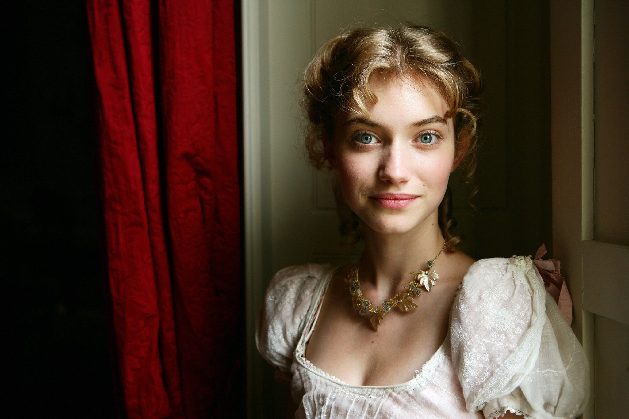 Imogen Poots Backgrounds