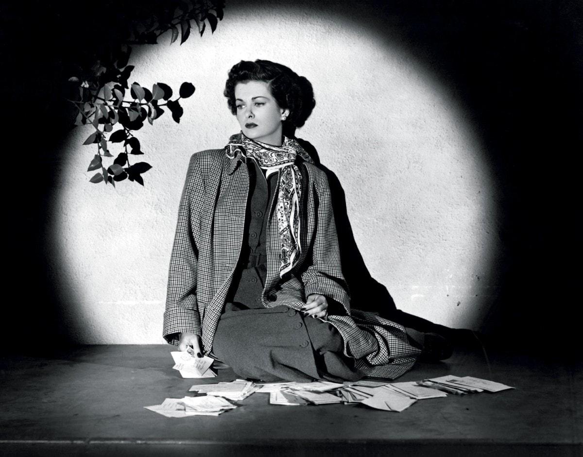 Joan Bennett Backgrounds