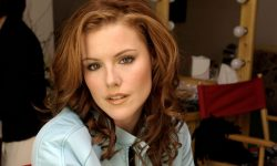 Kathleen Robertson Backgrounds