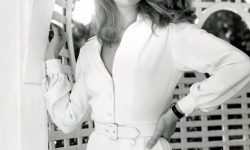 Kathleen Turner Backgrounds
