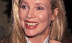 Kim Basinger Backgrounds