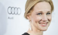Laura Linney Backgrounds