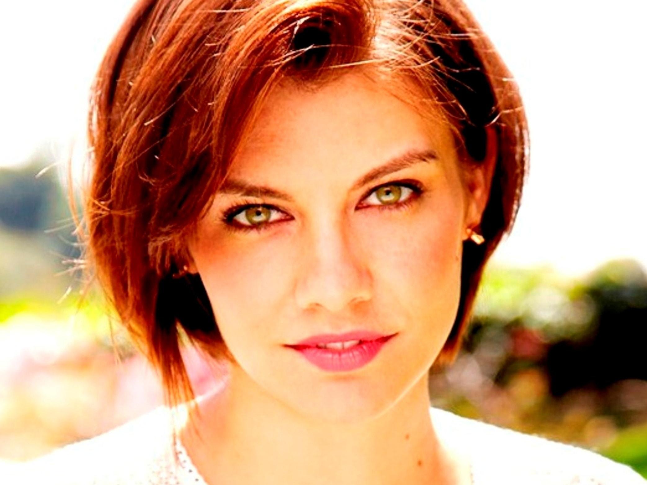 Lauren Cohan Backgrounds