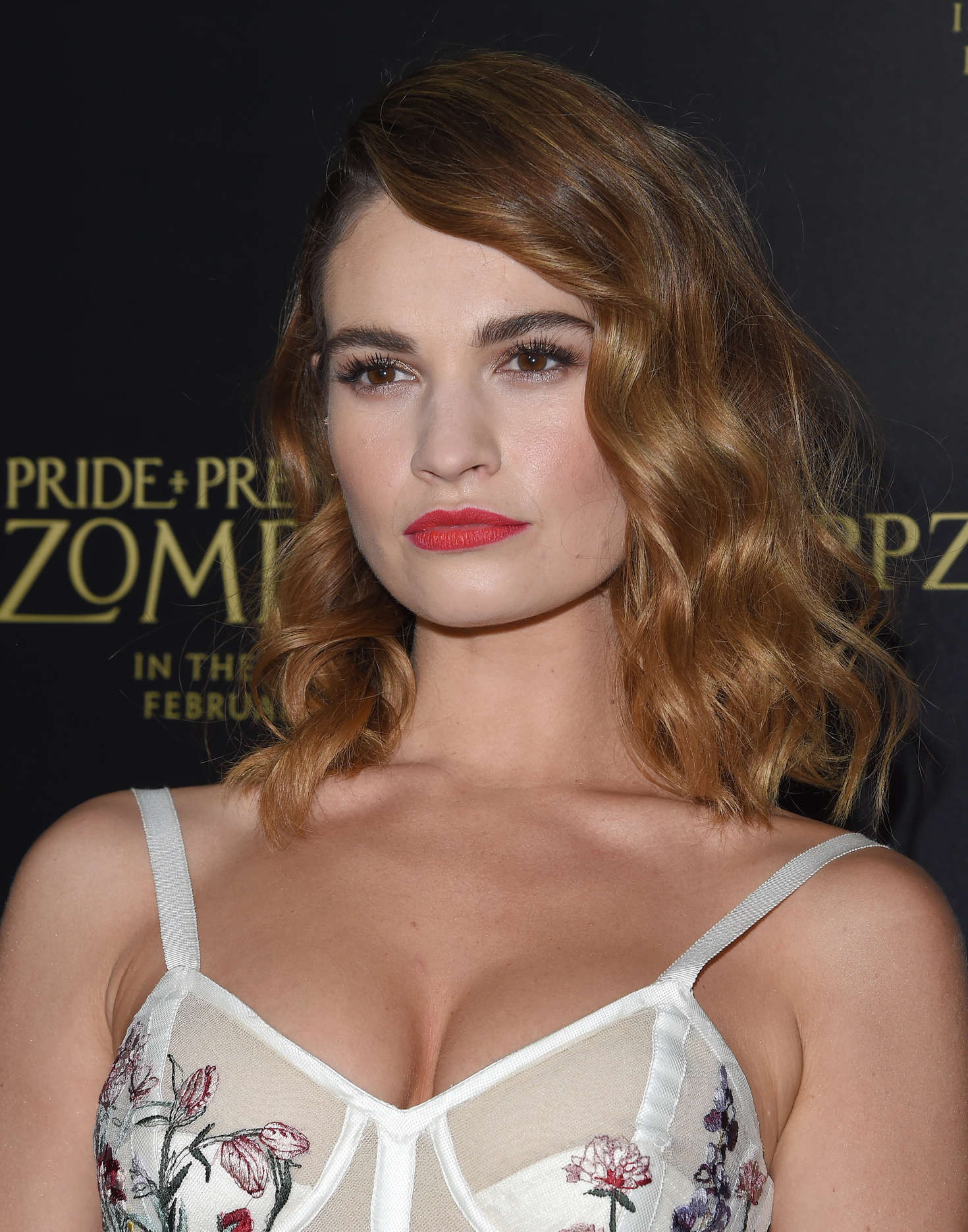 Lily James Backgrounds