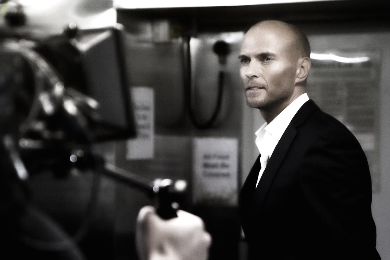 Luke Goss Backgrounds