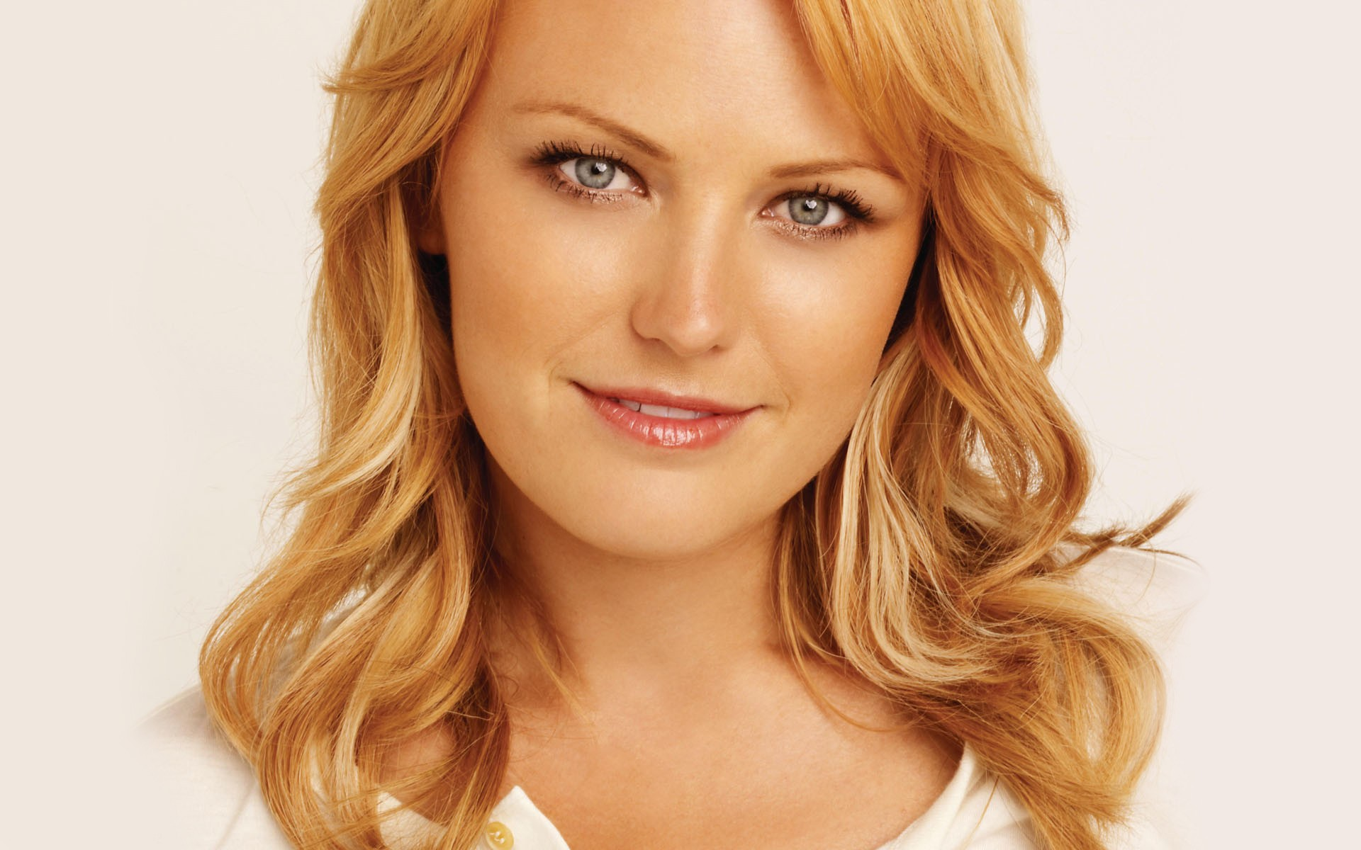 Malin Akerman Backgrounds