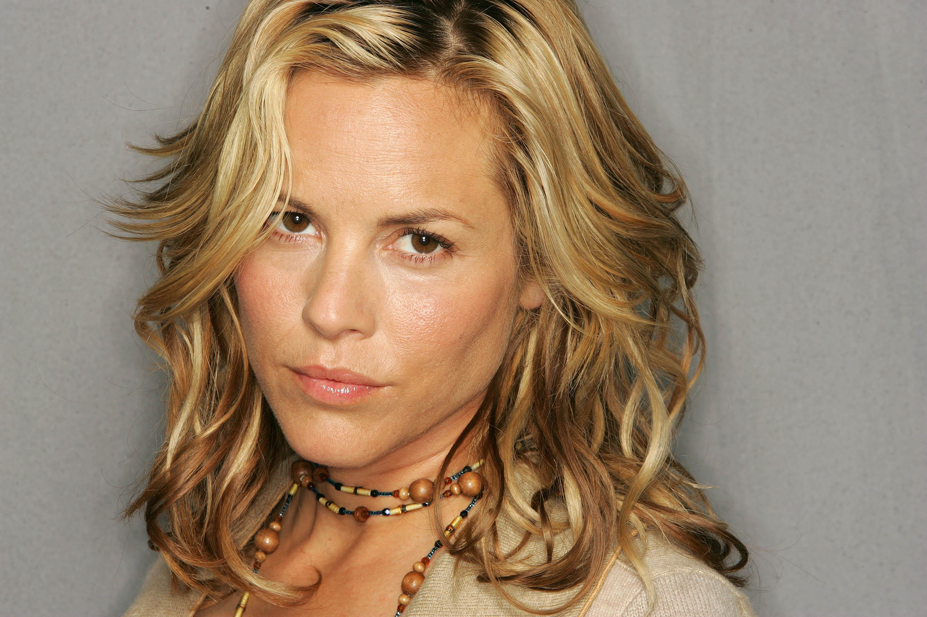 Maria Bello Backgrounds