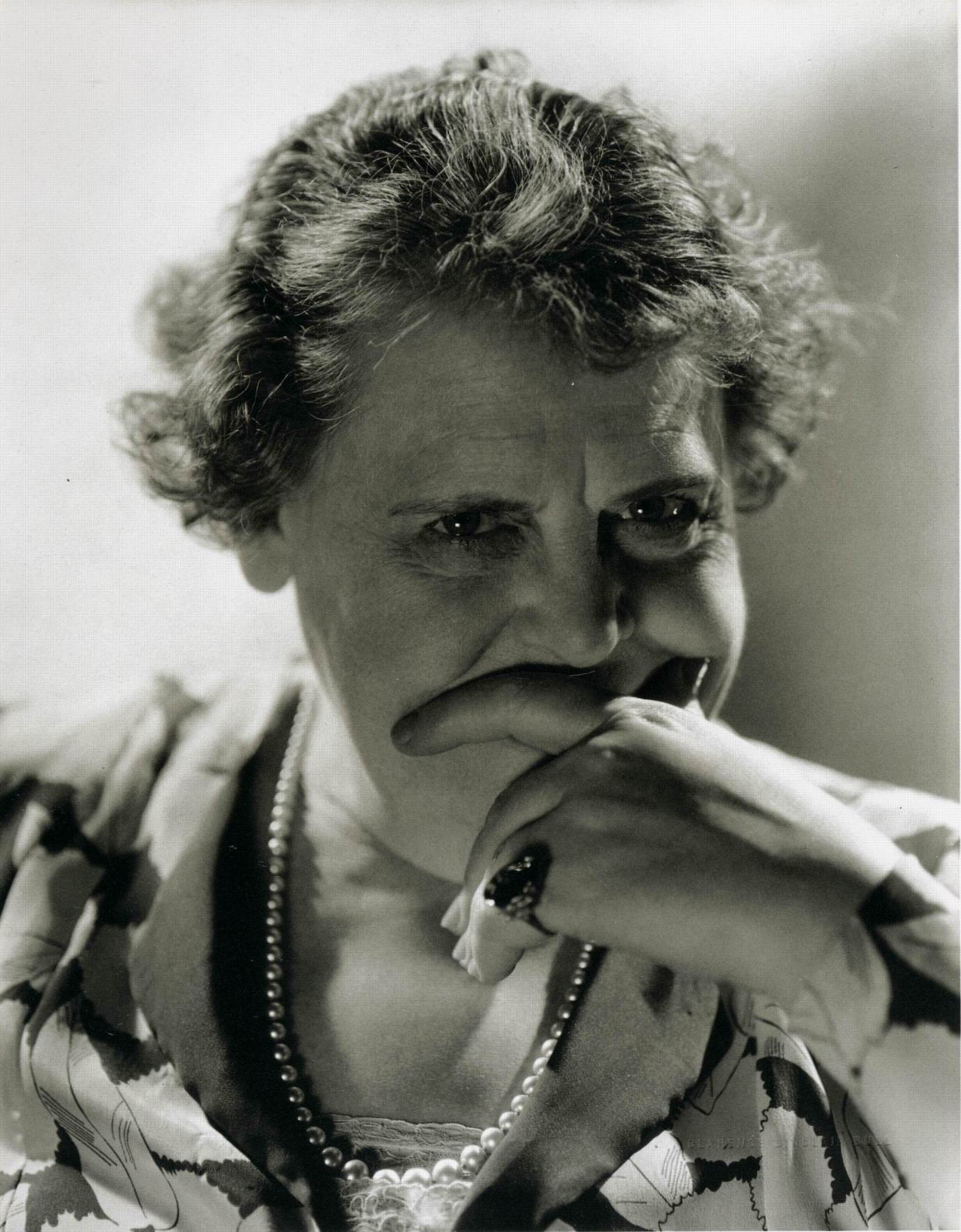 Marie Dressler Backgrounds