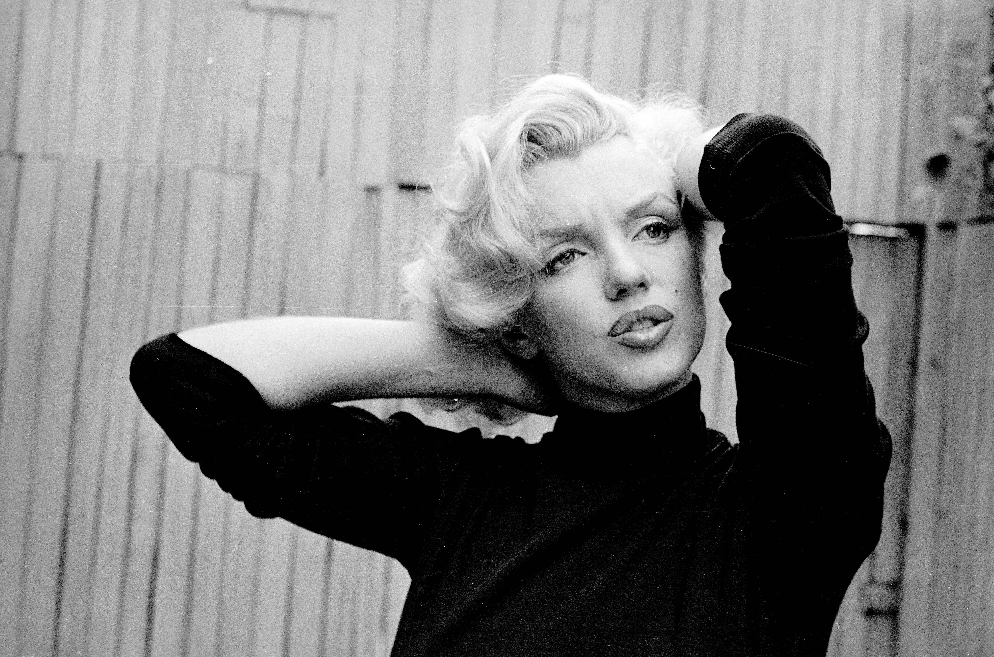 Marilyn Monroe Backgrounds
