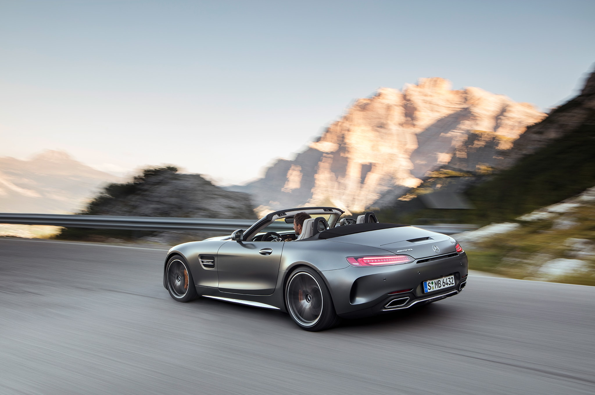Mercedes-AMG GT Roadster Backgrounds