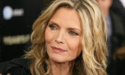 Michelle Pfeiffer Backgrounds