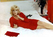 Monica Vitti Backgrounds
