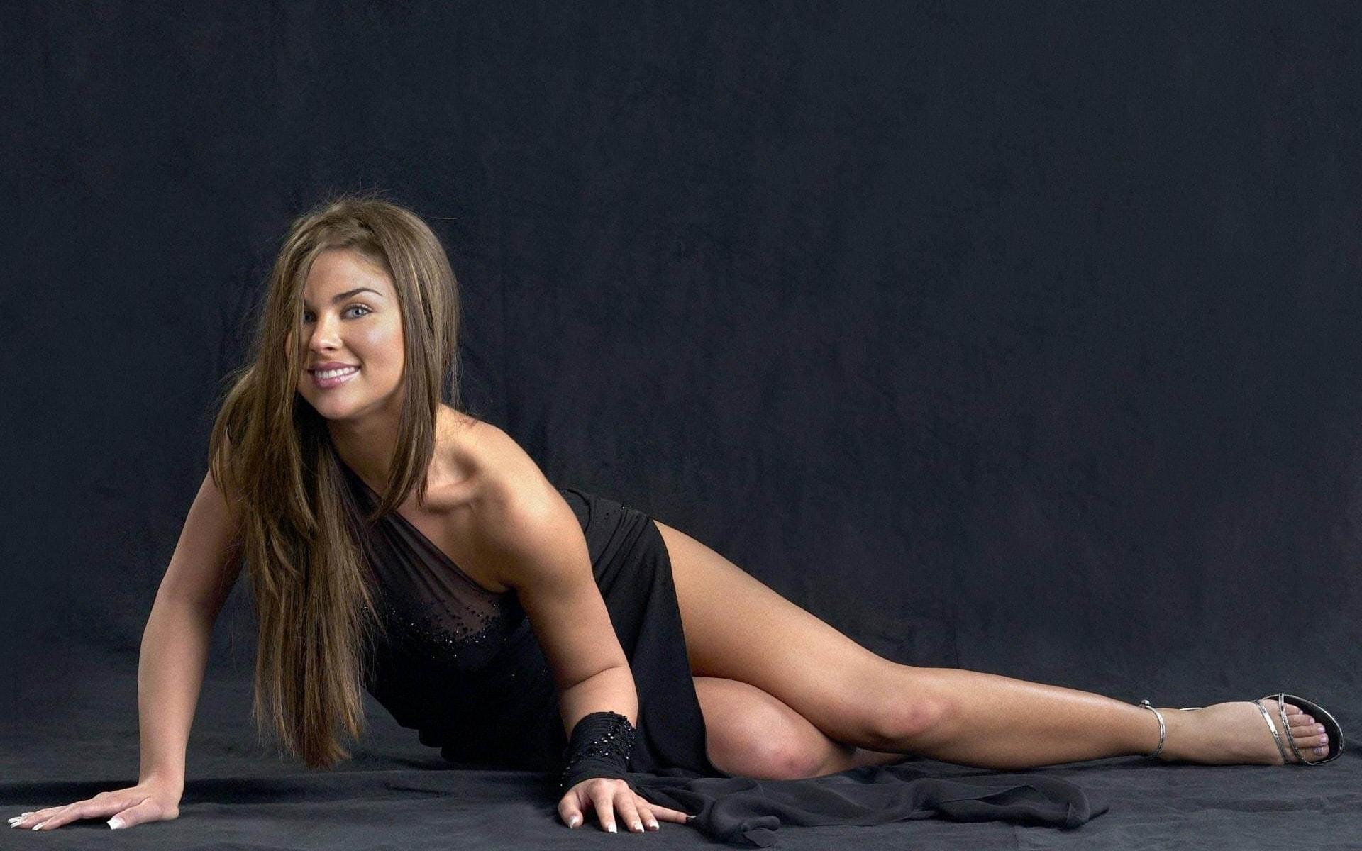 Nadia Bjorlin Pictures