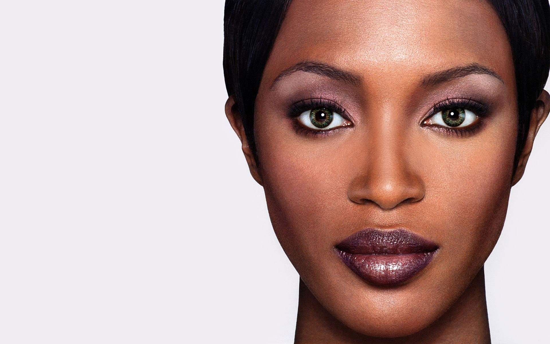 Naomi Campbell Backgrounds