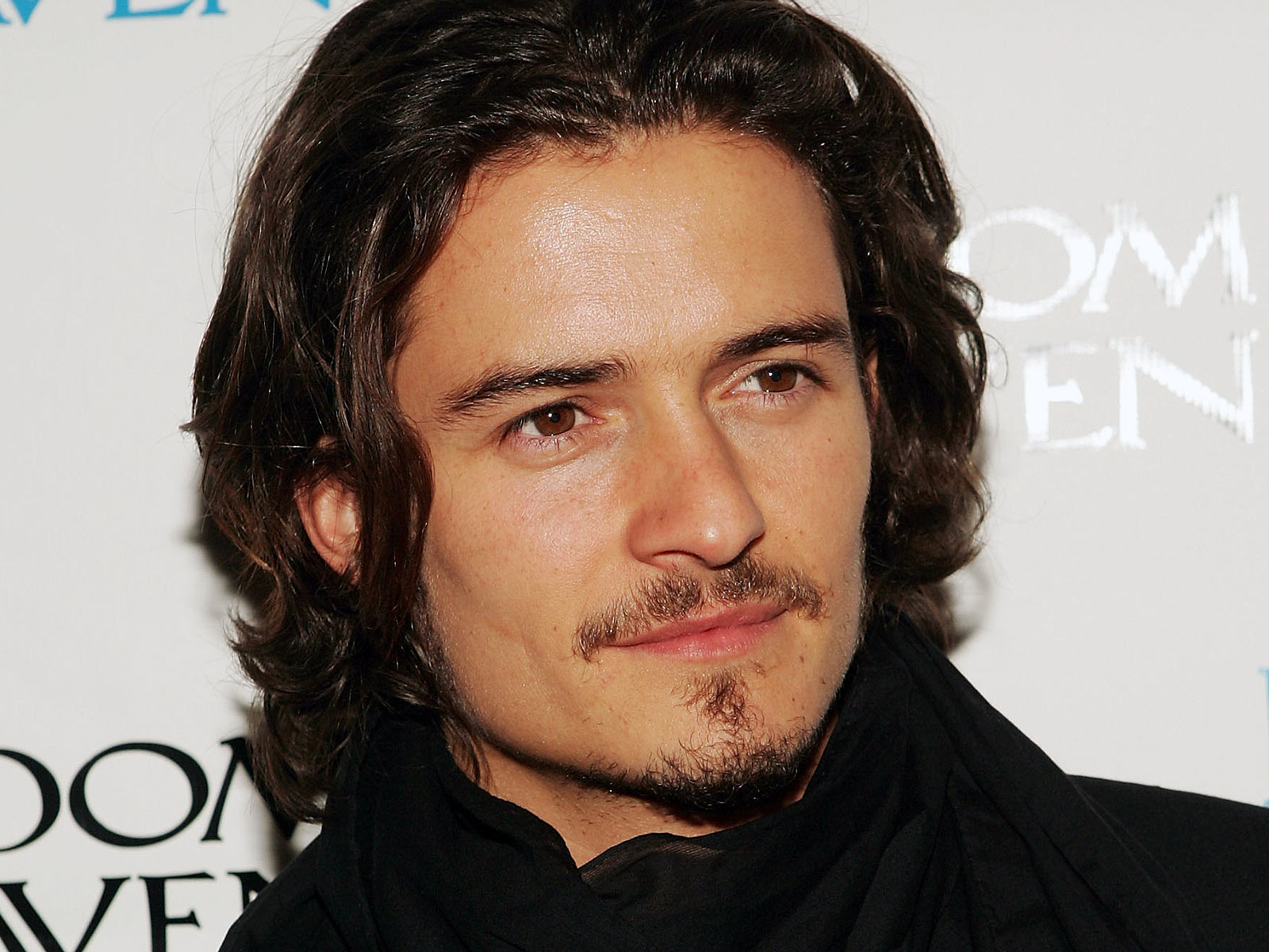 Orlando Bloom Backgrounds