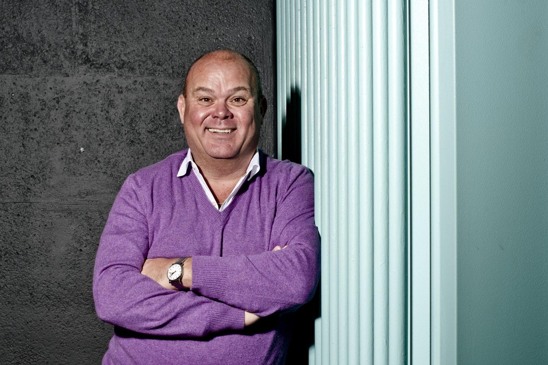 Paul De Leeuw Backgrounds