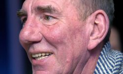 Pete Postlethwaite Backgrounds