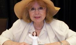 Piper Laurie Backgrounds