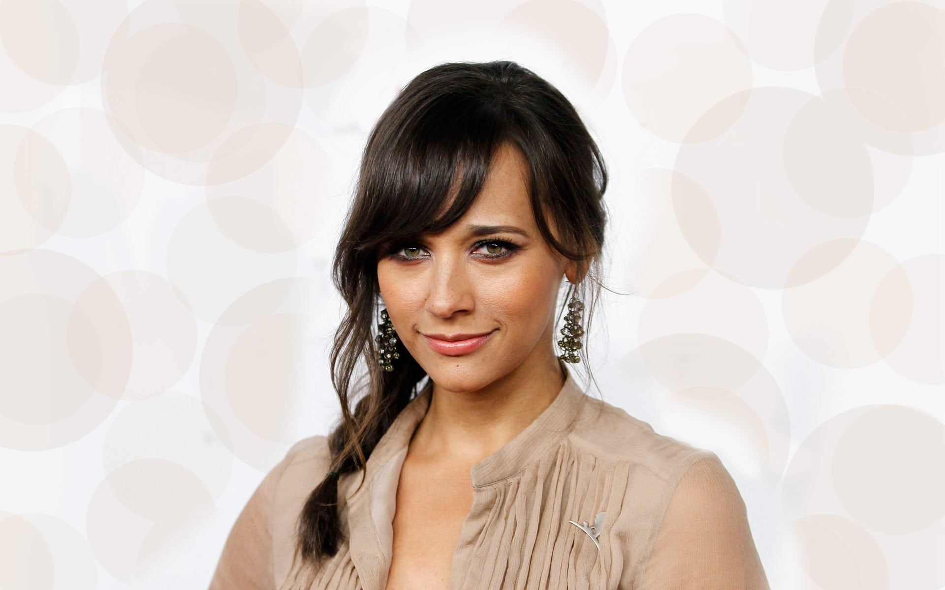 Rashida Jones Backgrounds