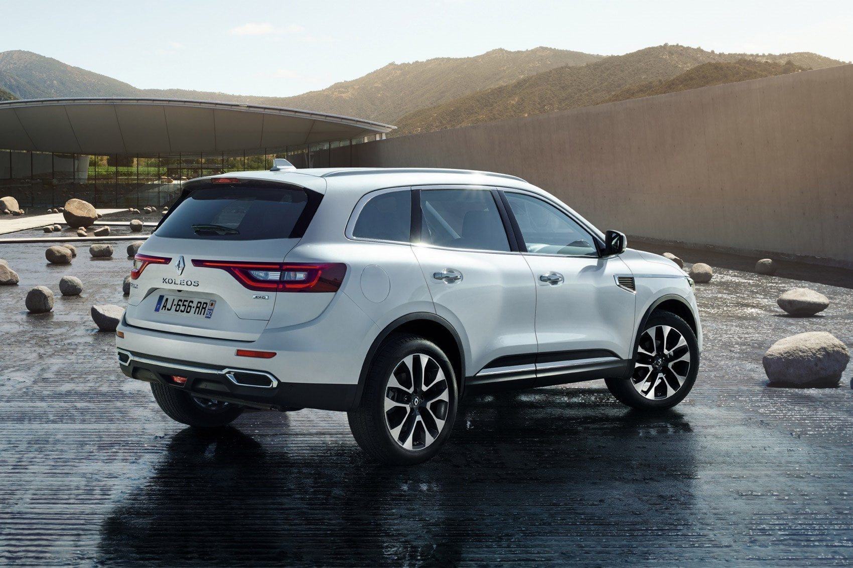 Renault Koleos 2 Backgrounds