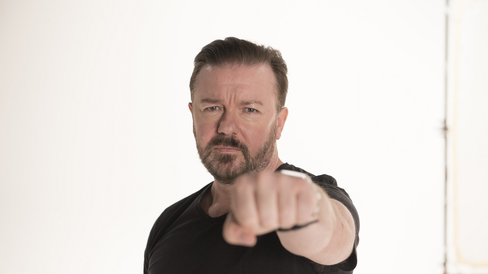 Ricky Gervais Backgrounds