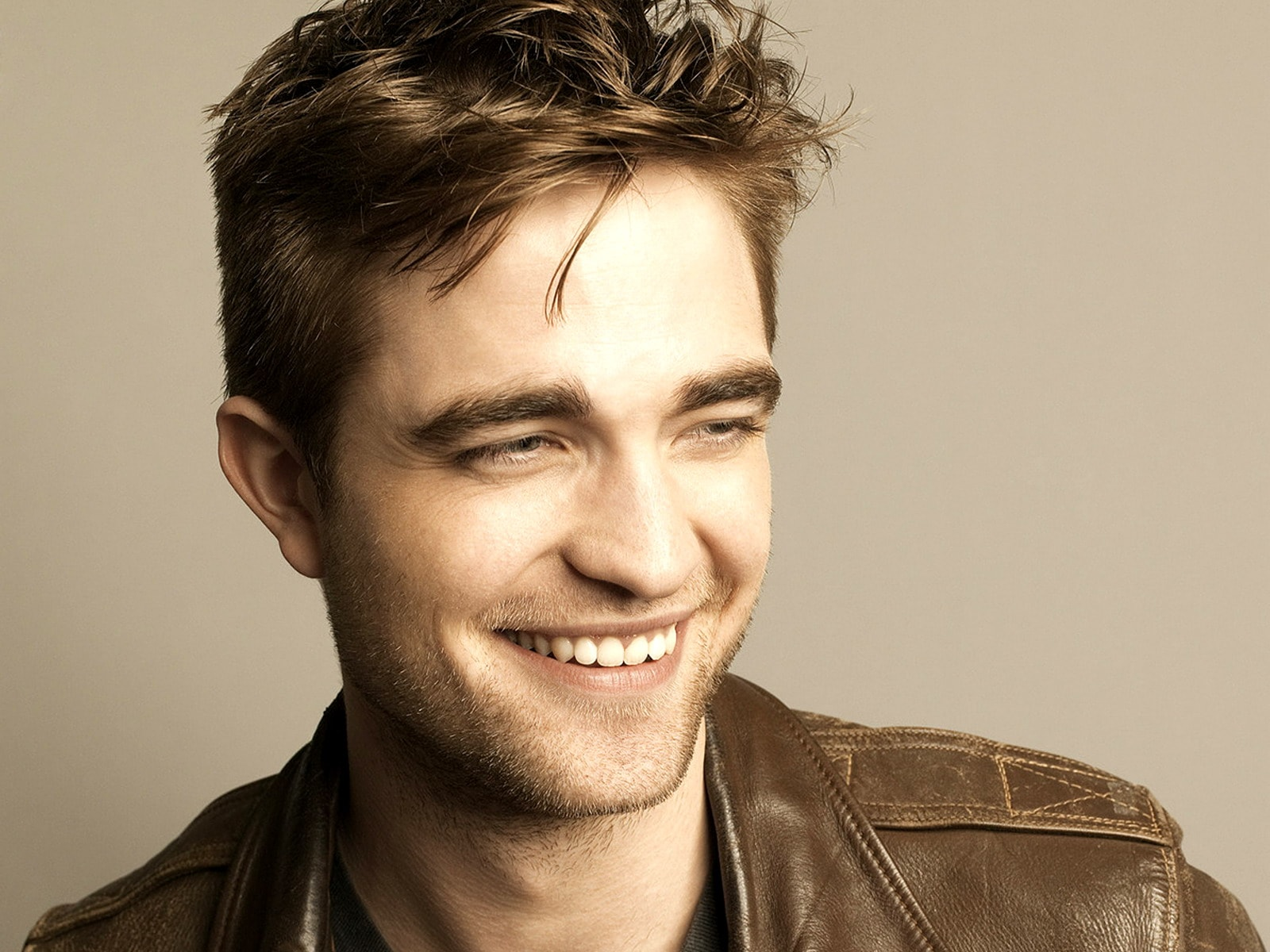 Robert Pattinson Backgrounds