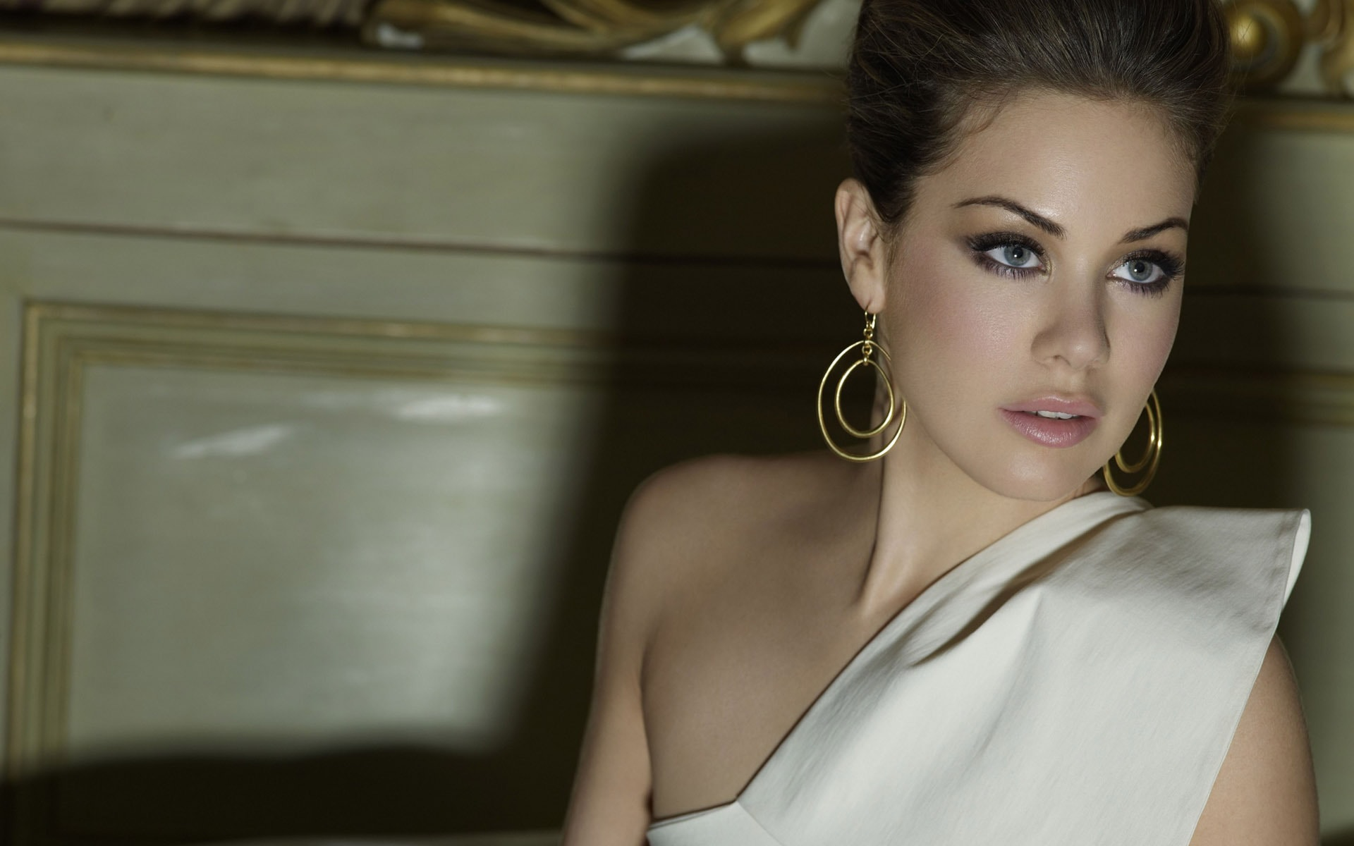Roxanne McKee (born 1980) Roxanne McKee (born 1980) new images