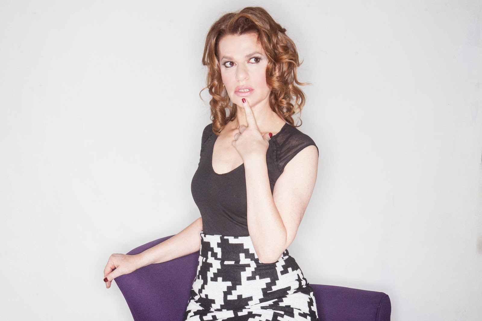 Sandra Bernhard Backgrounds