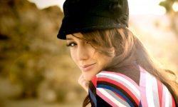 Sarah Dumont Backgrounds