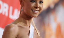 Tara Reid Backgrounds