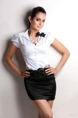 Amisha Patel For mobile