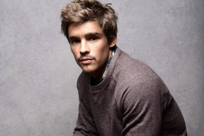 Brenton Thwaites widescreen wallpapers