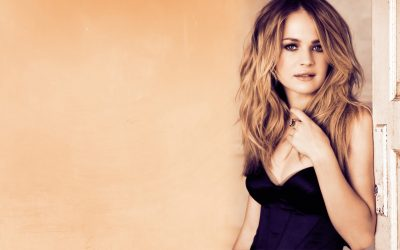 Britt Robertson Wallpapers hd