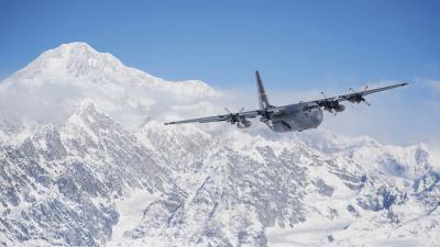 C-130 Hercules widescreen wallpapers