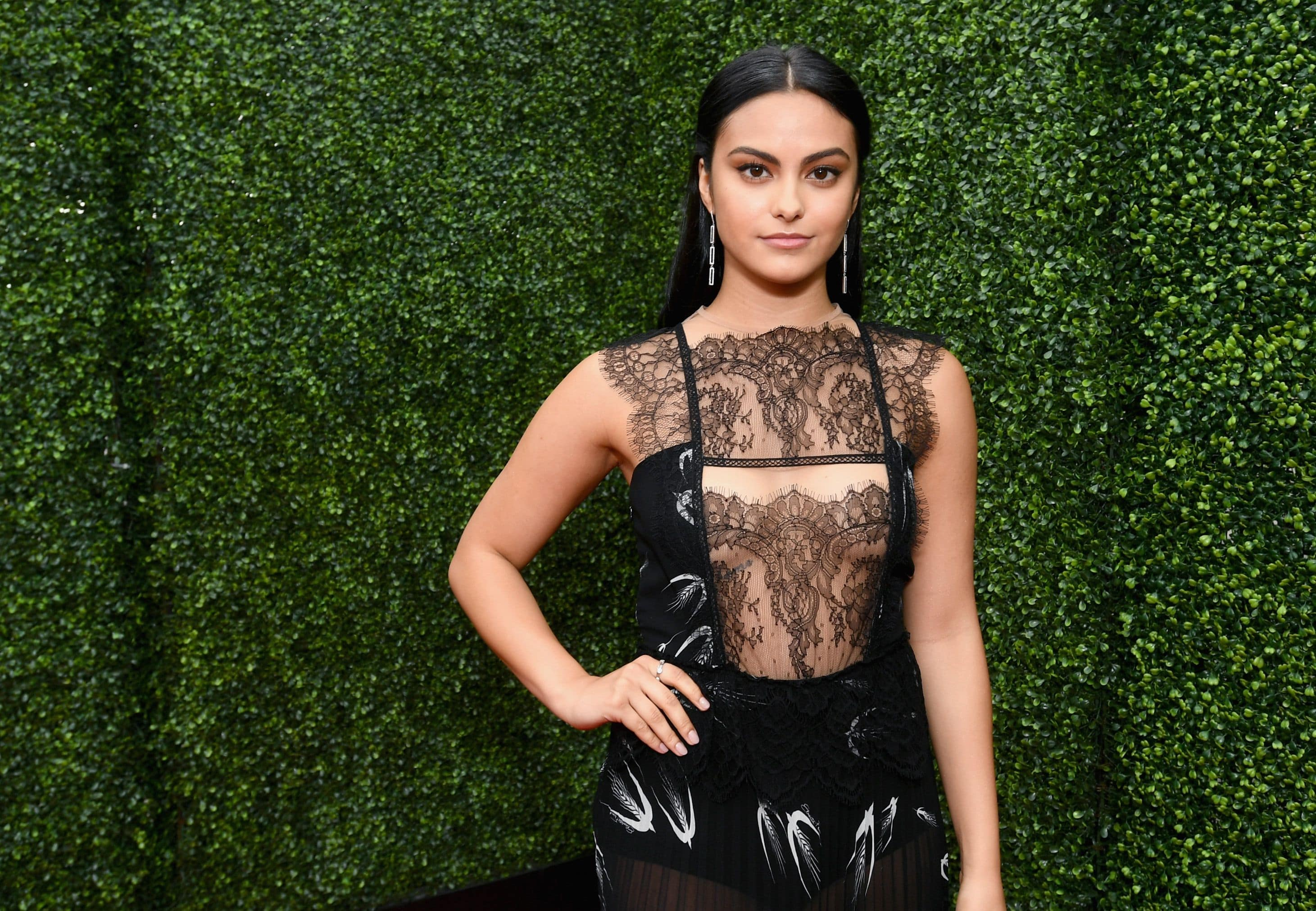 Camila Mendes HD pictures