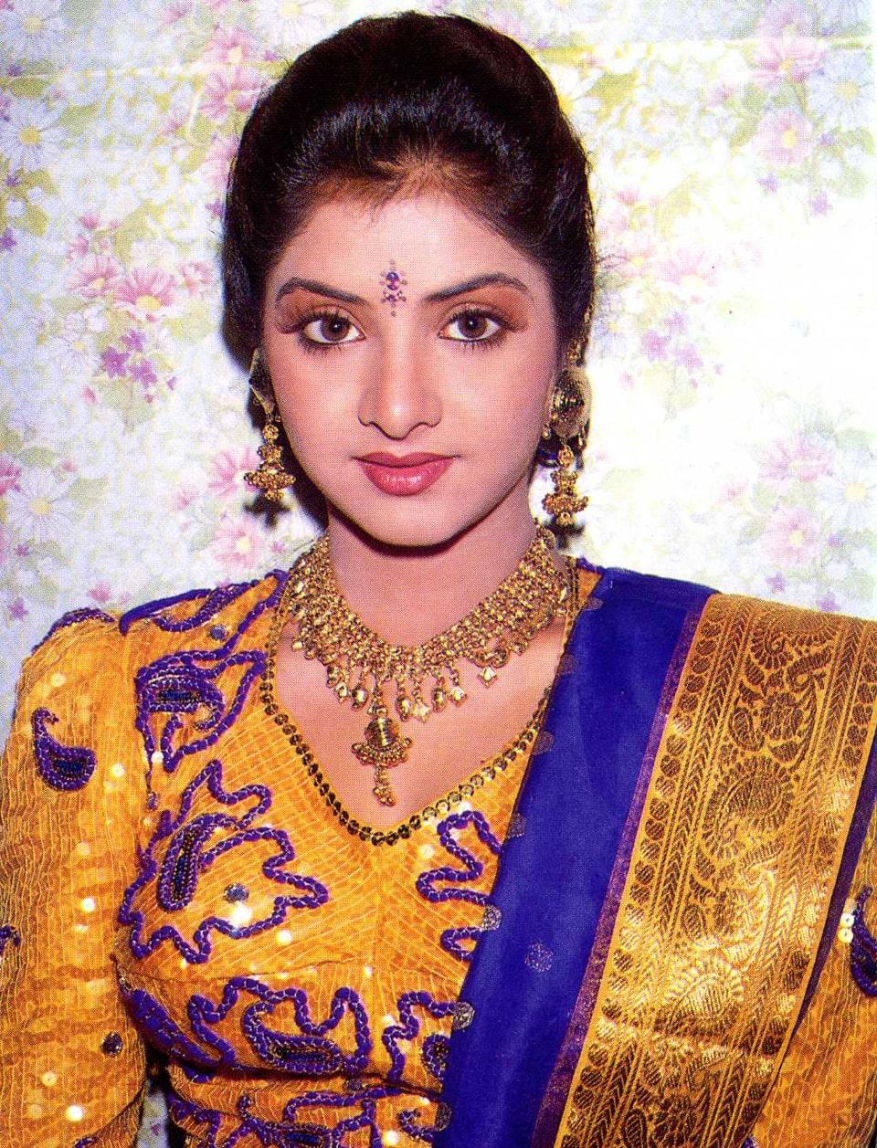 Divya Bharti 22