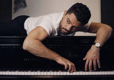Dominic Cooper Screensavers