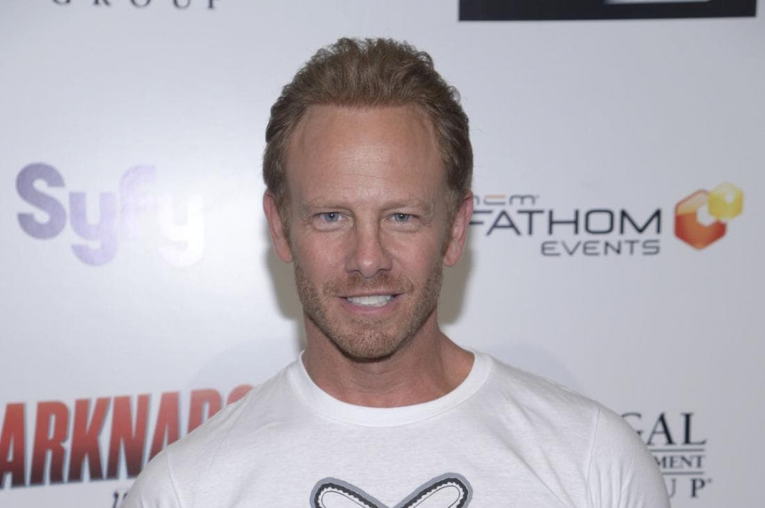 Ian Ziering widescreen wallpapers