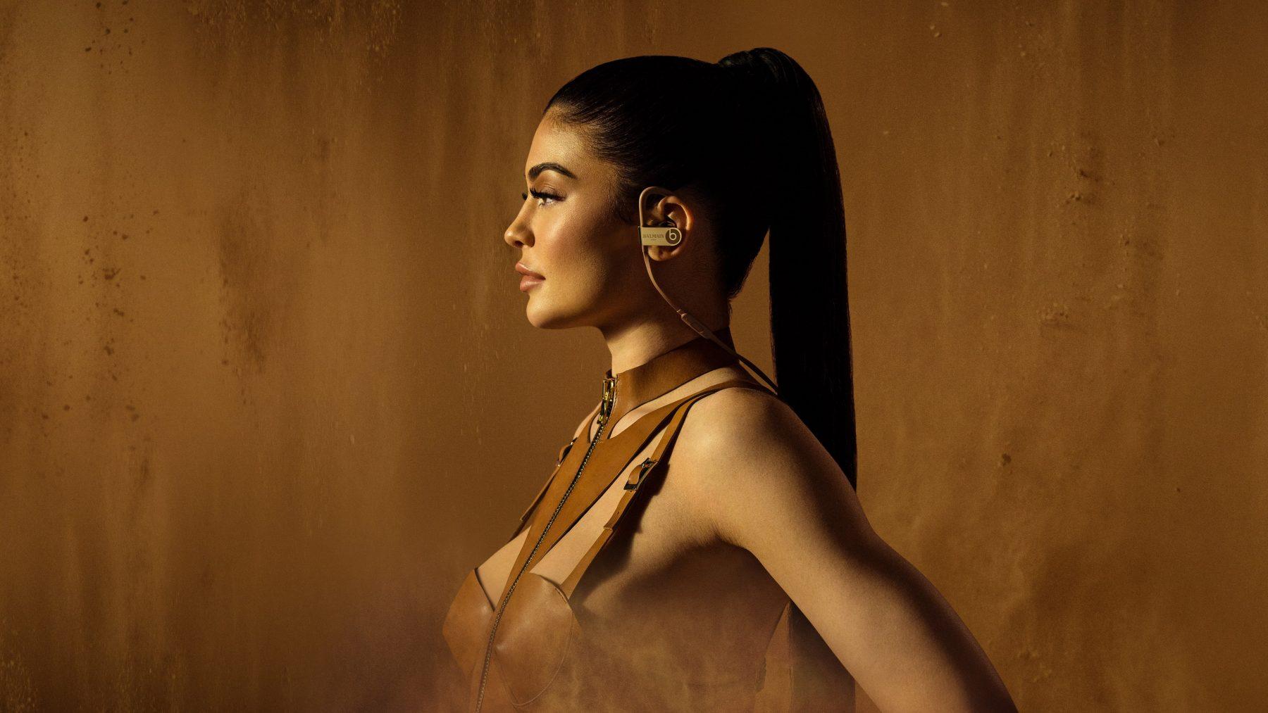 Kylie Jenner Hd Wallpapers 7wallpapers Net
