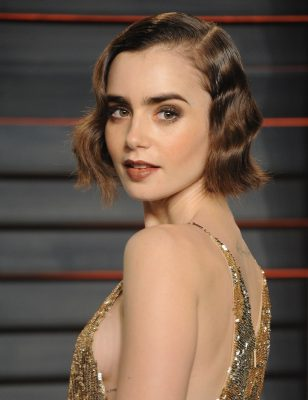 Lily Collins Screensavers